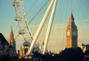 LONDON, UK - SEP 26: London Eye and Big Ben on September 26, 201